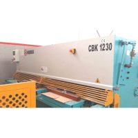 Cizalla hidráulica CBK 1230 con CN
